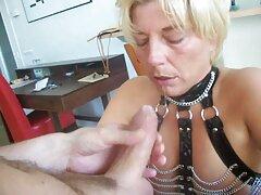 Játék szerepét a felnőtt, mint általában, végződik szex jelenetek, amelyek forró. Egy vízvezeték-szerelőnek álcázott nő, a férjének pedig meg kell kelemen anna porno büntetnie őt, mert olyan közvetítők vannak.