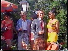 Piros magyarul beszélő pornófilmek varázsa a munkahelyen. Az első alkalommal, amikor nem sikerült, sokakat meglepett, amikor teljesen meztelenül látta. De amikor bocsánatot akartam kérni, érdeklődést mutat