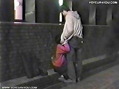 A fickó videót tett közzé ingyen porno video a házról. Szexi lány bugyiban készen áll arra, hogy szopja a fickót a témáról. Meleg, rák Fasz Otthon élvezni az orgazmust. Megdugta a földön, majd cum benned.