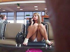 Pierce az Óriás behatol hátulról. De először is, a lány megmutatja a testét és a szopást, hogy lehetővé ingyen letölthetö pornó filmek tegye ezt a személyt.