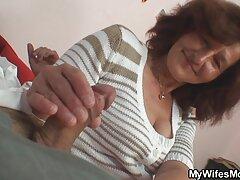 Nézze meg a videót pornó Claudia online Oroszországból, vagy töltse le a telefont jó minőségű mp4 ingyen porno video formátumban.
