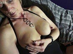Vicces pornó film Amatőr egy ívelt tükör. Egy férfi, aki kutyus barátjának adja ki kelemen anna porno magát. A fickó a partner hüvelyébe kerül.