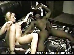 Nudisták az edzőteremben. Edzeni jöttem az edzővel és szexfilm ingyen online a mellkasommal.