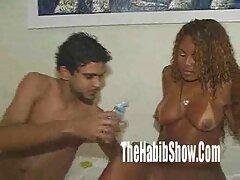 Egy szexi ingyen teljes porno filmek lány egy nagy szamár az ágyban kibaszott barátnőjével mozgó cum férfiak, Hatalmas kakas csúszik a stílus Szopás barátja.