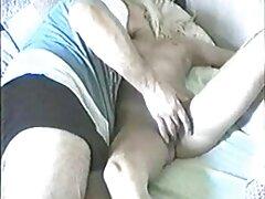 Lei Vega. pornó filmek nézése ingyen Ül, beszélget a konyhában, jó szórakozást