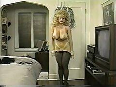 Lány barna szexi. ingyen letölthetö porno Egy nő, hosszú haj, csábító férfiak kezdett élvezni.